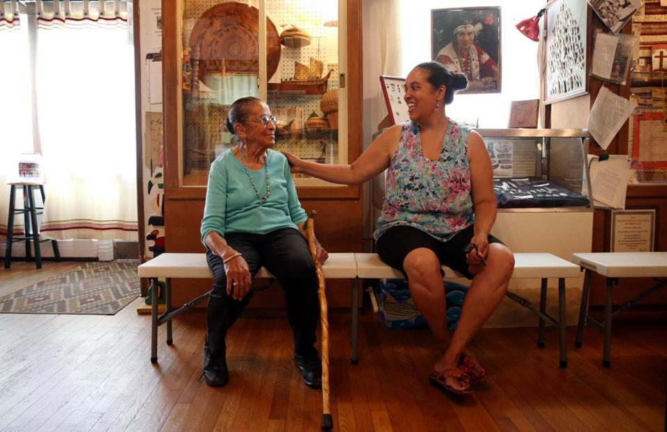 Eleanor Dove (left) shared a laugh with her granddaughter Lorén Spears at the Tomaquag Museum in Exeter, R.I.